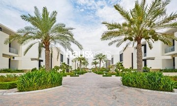 property sales Jumeirah Golf Estates