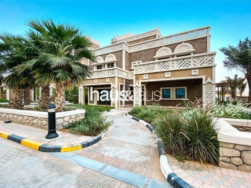 5 bedroom Villa for sale in Balqis Residences - view - 1