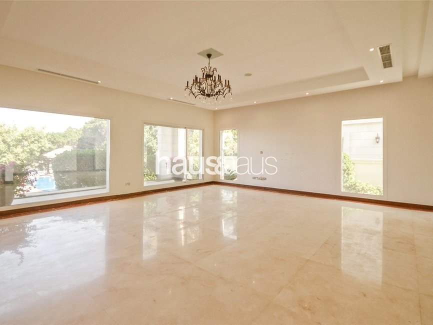 6 bedroom Villa for rent in Sector W - view - 12