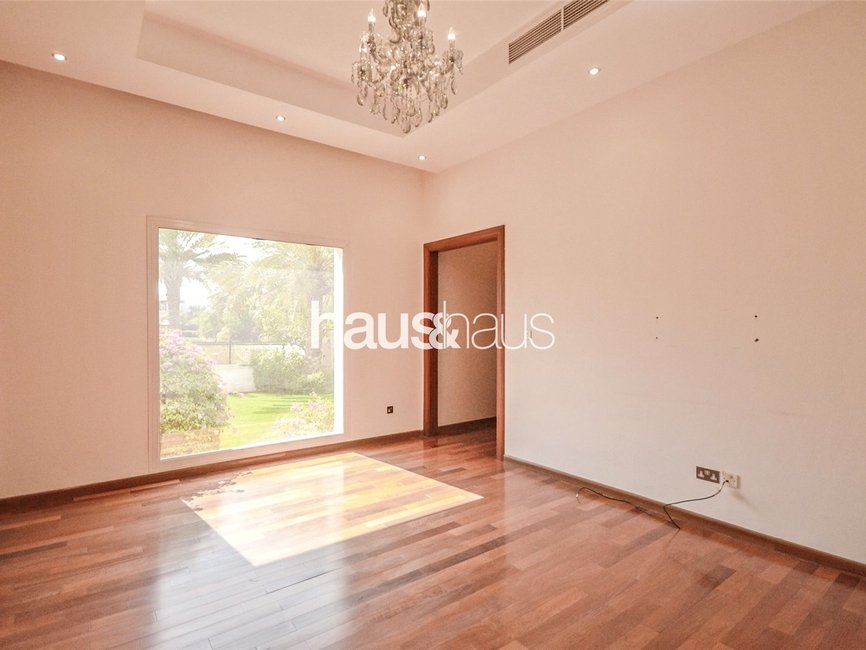 6 bedroom Villa for rent in Sector W - view - 10