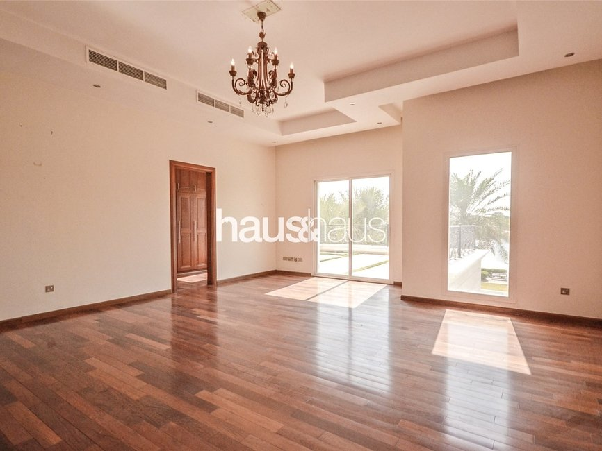 6 bedroom Villa for rent in Sector W - view - 14