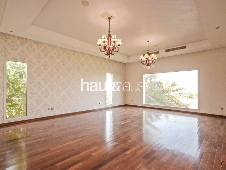 6 bedroom Villa for rent in Sector W - view - 5