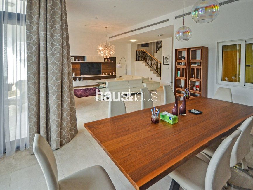 5 bedroom Villa for sale in Palma Residences - view - 3