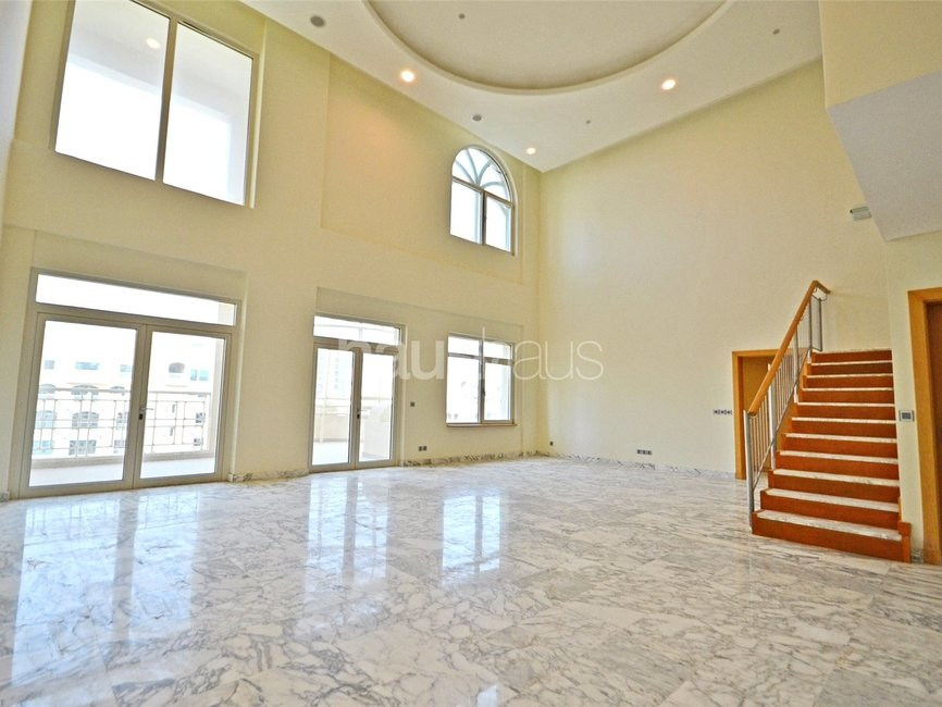 4 bedroom Apartment for sale in Al Anbara - view - 1