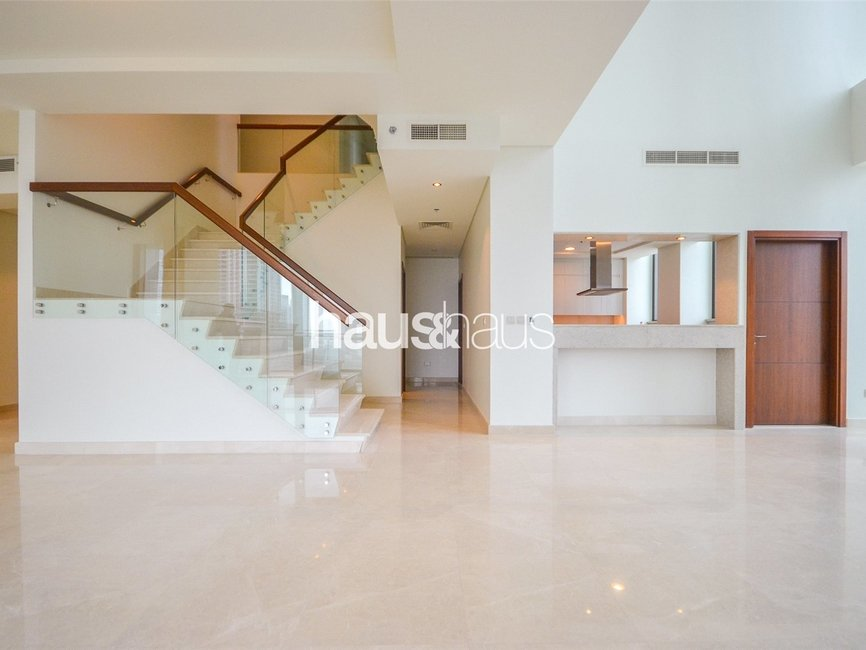 5 bedroom Apartment for rent in Burj Vista 2 - view - 1