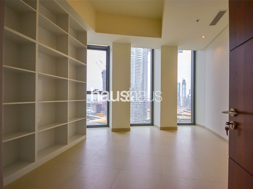 5 bedroom Apartment for rent in Burj Vista 2 - view - 14
