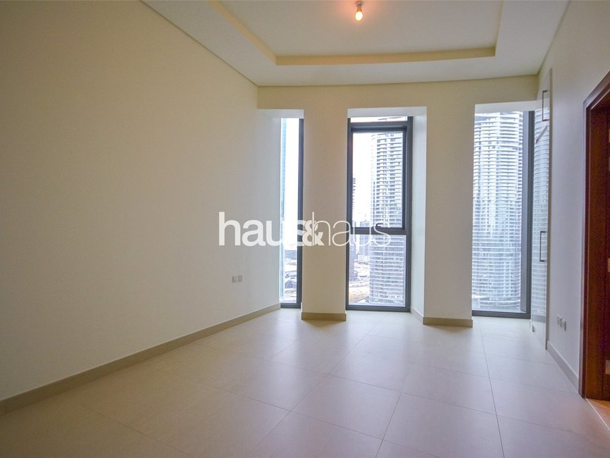 5 bedroom Apartment for rent in Burj Vista 2 - view - 10
