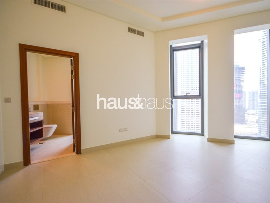 5 bedroom Apartment for rent in Burj Vista 2 - view - 13