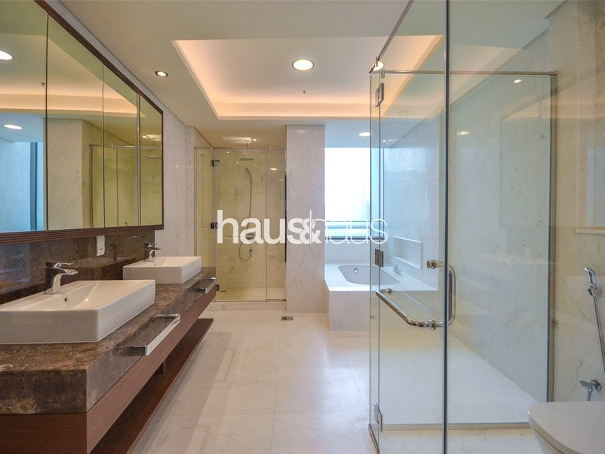 5 bedroom Apartment for rent in Burj Vista 2 - view - 17
