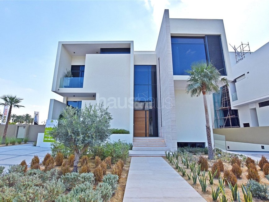 6 bedroom Villa for sale in Hillside At Jumeirah Golf Estates - view - 10