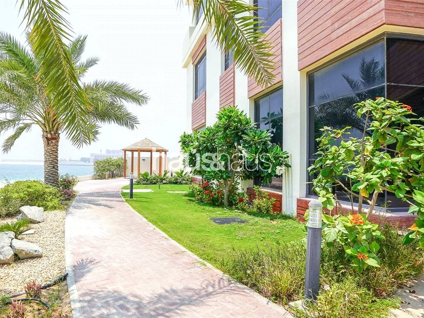 5 bedroom Villa for sale in Signature Villas Frond I - view - 24