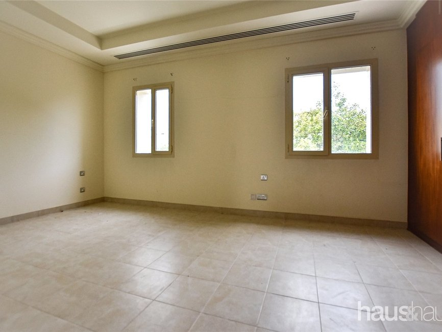3 bedroom Villa for sale in Montgomerie Maisonettes - view - 4