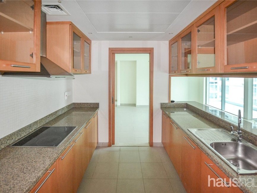 3 bedroom Apartment for rent in Shemara Tower - view - 5