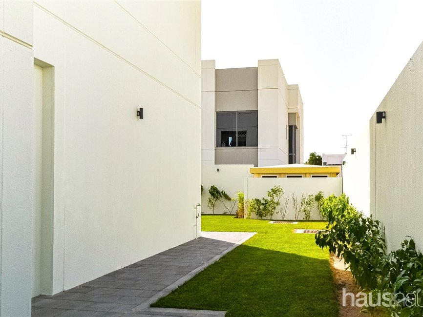 5 bedroom Villa for rent in Umm Suqeim 1 Villas - view - 4