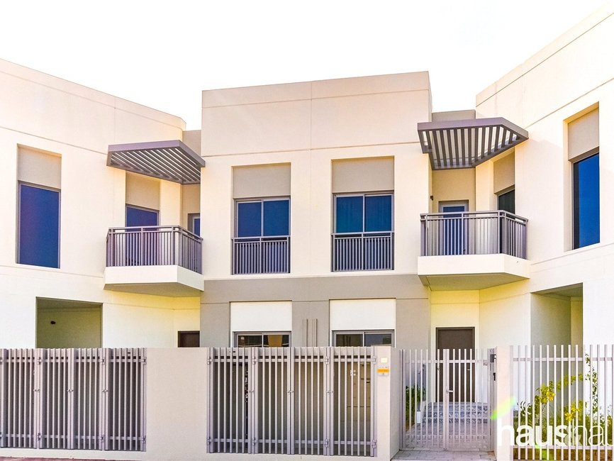 5 bedroom Villa for rent in Umm Suqeim 1 Villas - view - 1
