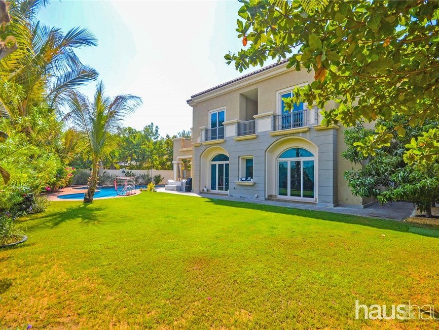 5 bedroom Villa for rent in Esmeralda - view - 10