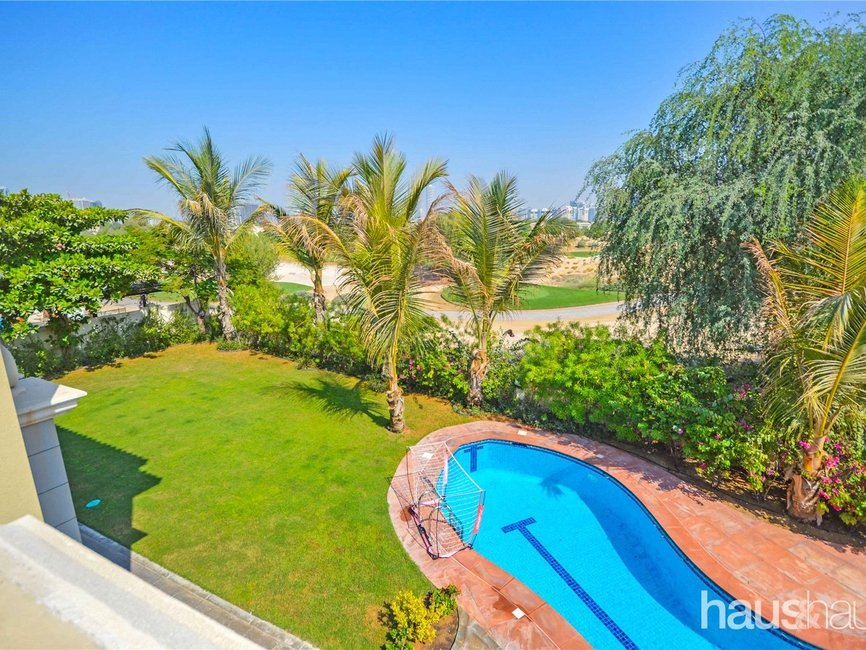 5 bedroom Villa for rent in Esmeralda - view - 8
