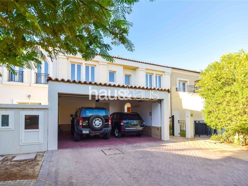 4 bedroom Townhouse for sale in Townhouses - view - 9