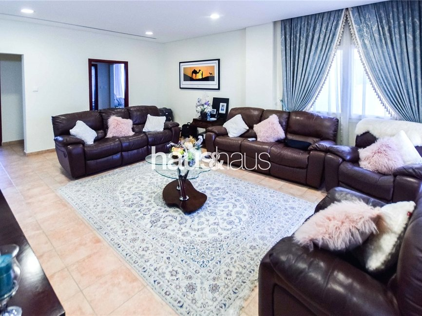 4 bedroom Townhouse for sale in Townhouses - view - 19