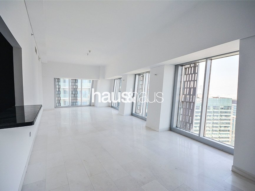 4 bedroom Apartment for rent in Cayan Tower - view - 1