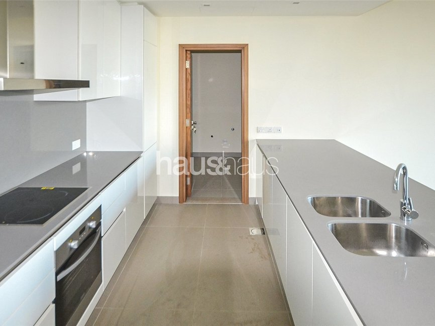 2 bedroom Apartment for rent in Building 15 - view - 5