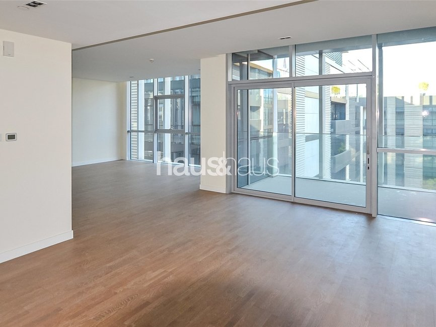 2 bedroom Apartment for rent in Building 15 - view - 2