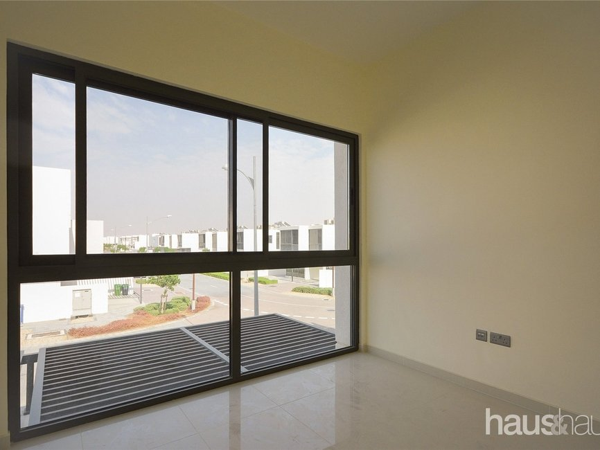 5 bedroom Townhouse for sale in Aurum Villas - view - 9