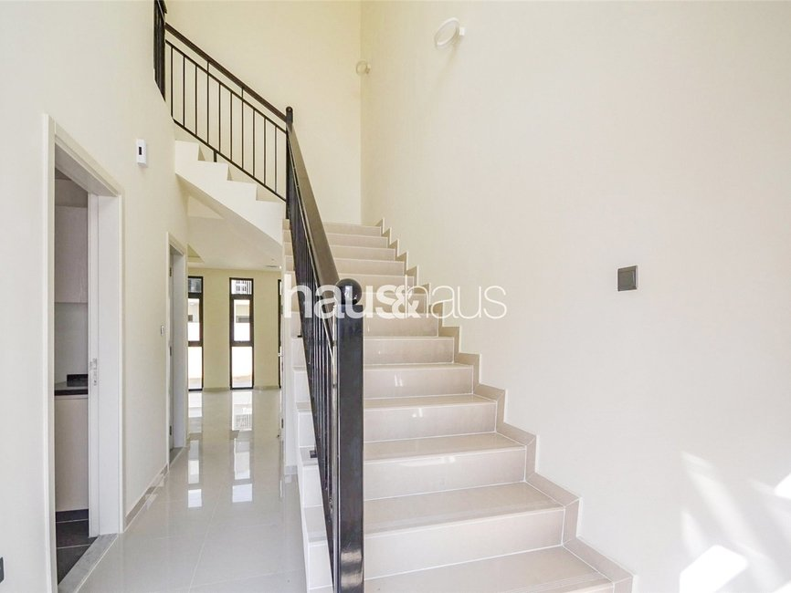 5 bedroom Townhouse for sale in Aurum Villas - view - 4