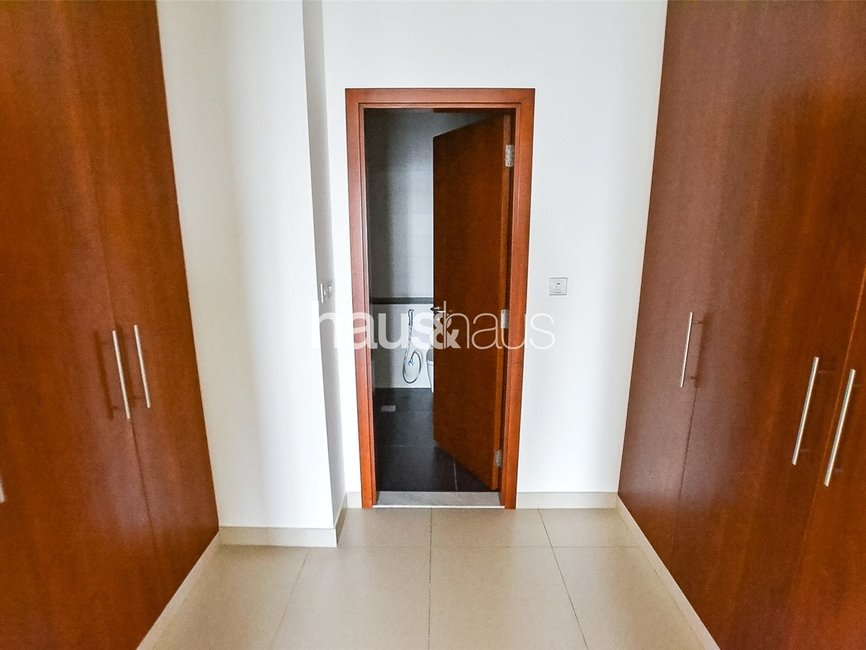 2 bedroom Apartment for rent in Central Park Residential Tower - view - 9