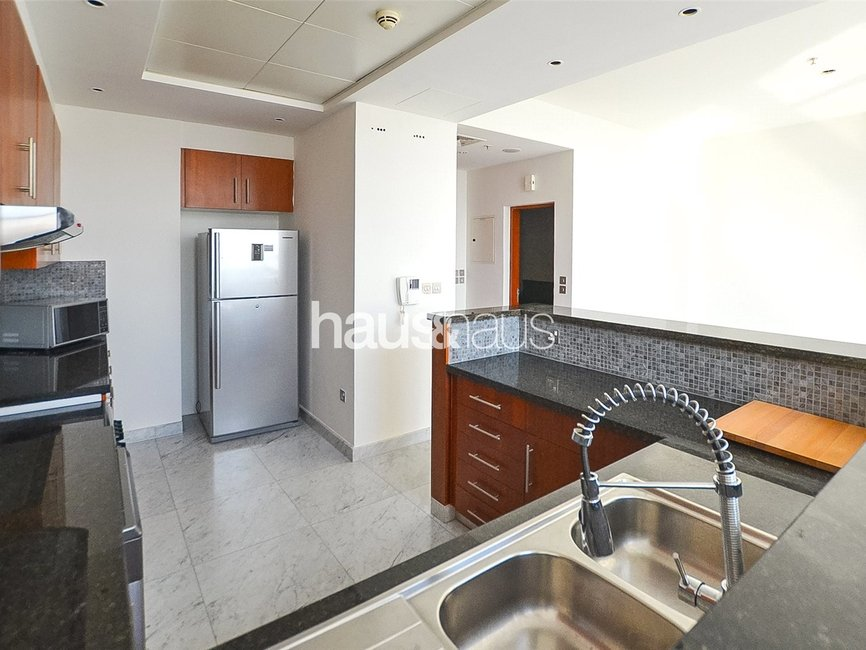 2 bedroom Apartment for rent in Central Park Residential Tower - view - 2