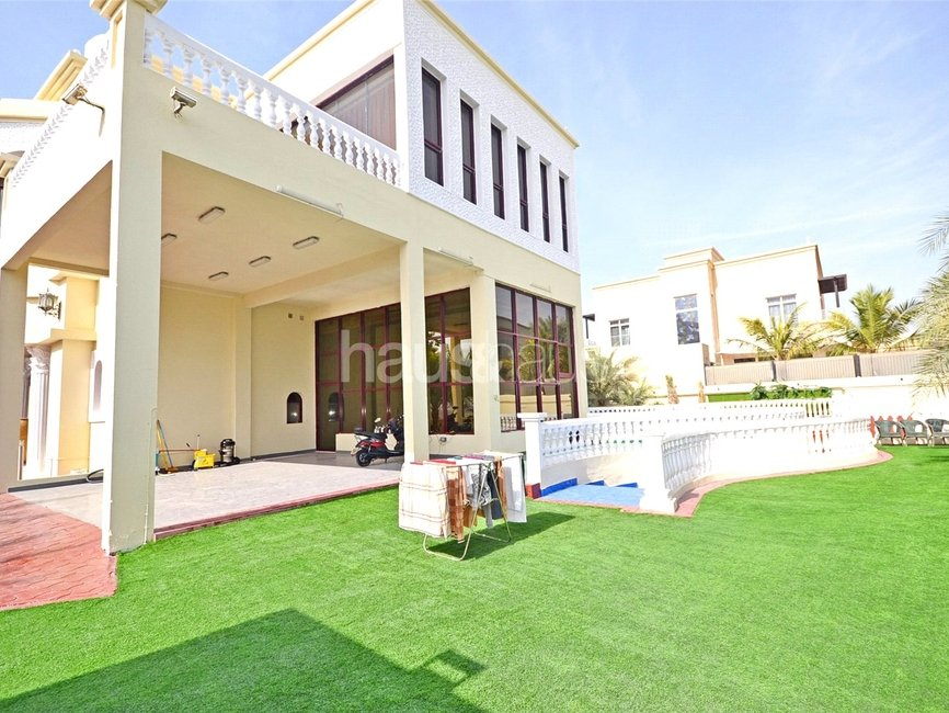 7 bedroom Villa for sale in Sector E - view - 12