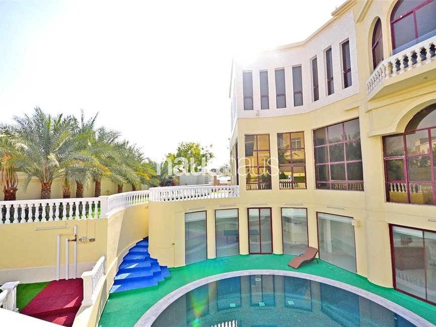 7 bedroom Villa for sale in Sector E - view - 17