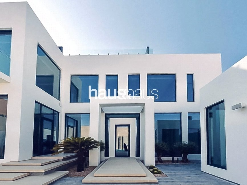 5 bedroom Villa for sale in Umm Suqeim 2 Villas - view - 3