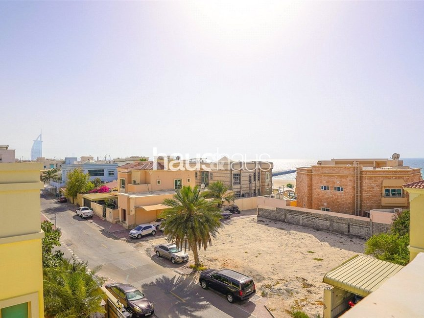 5 bedroom Villa for sale in Umm Suqeim 2 Villas - view - 2