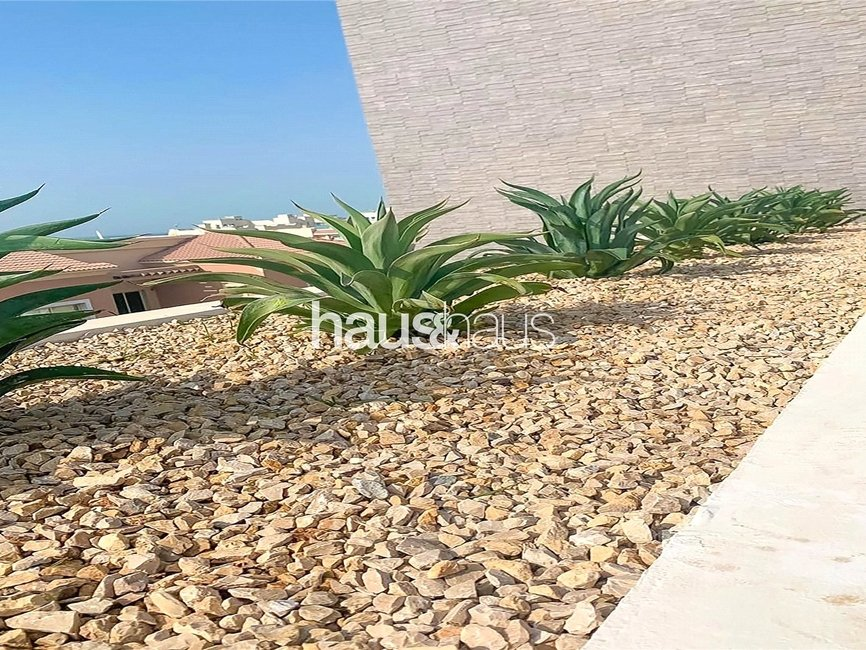 5 bedroom Villa for sale in Umm Suqeim 2 Villas - view - 24