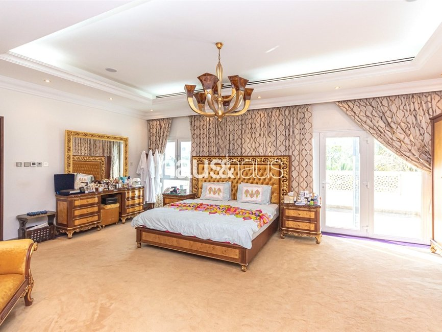 6 bedroom Villa for sale in Sector HT - view - 13