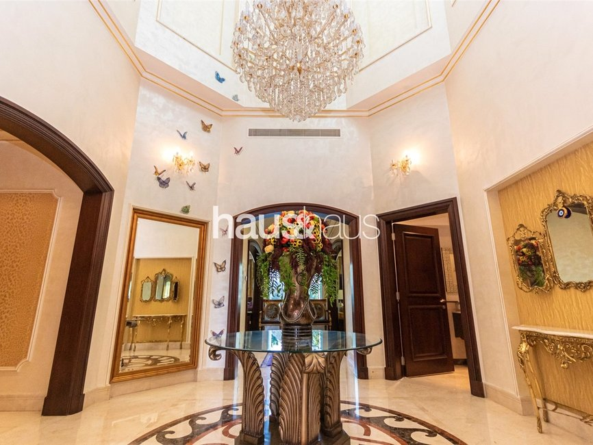 6 bedroom Villa for sale in Sector HT - view - 4