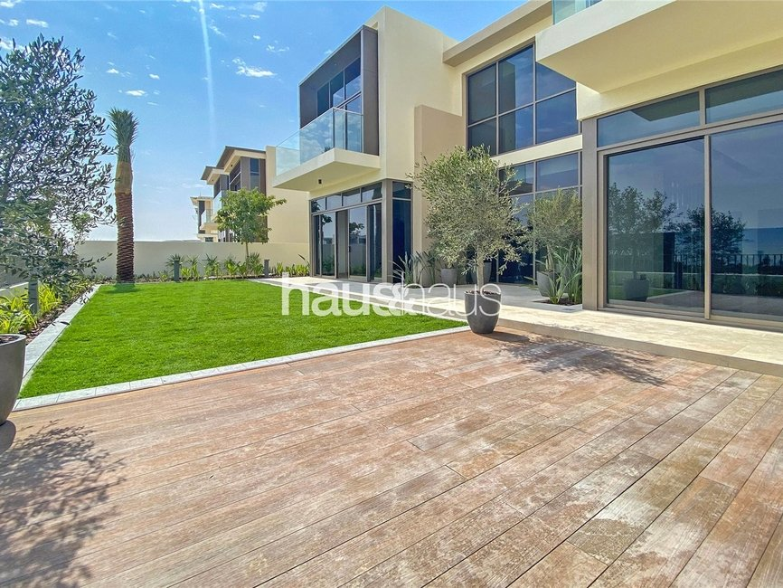 4 bedroom Villa for sale in Golf Place - view - 4