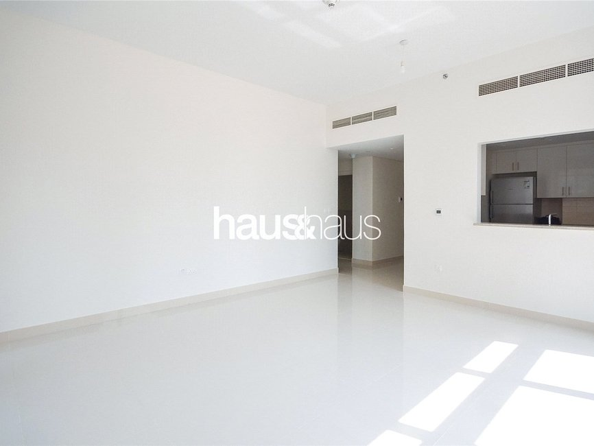 1 bedroom Apartment for sale in Boulevard Crescent 1 - view - 2