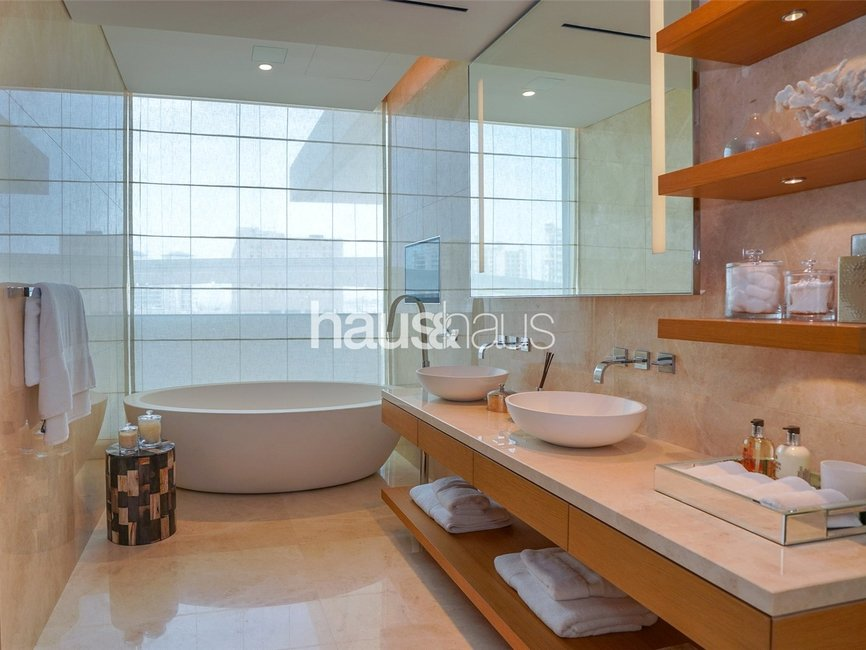 4 bedroom Apartment for sale in One At Palm Jumeirah - view - 10