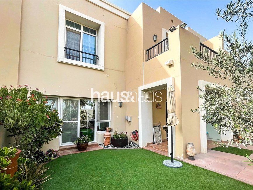 3 bedroom Villa for sale in Al Reem 2 - view - 1