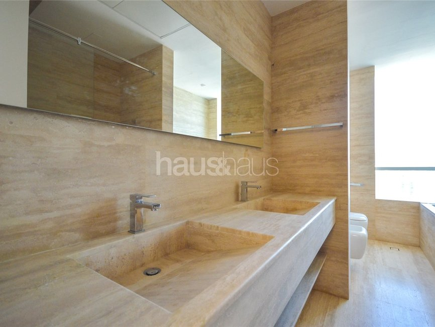 5 bedroom Apartment for sale in Al Bateen Residence - view - 10