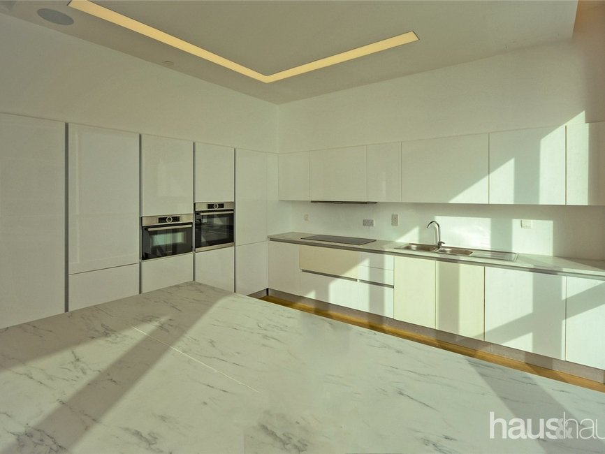 5 bedroom Apartment for sale in Al Bateen Residence - view - 23