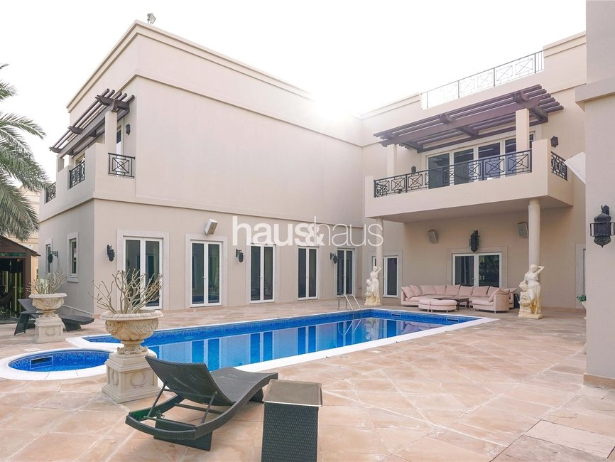 5 bedroom Villa for rent in Sector H - view - 1