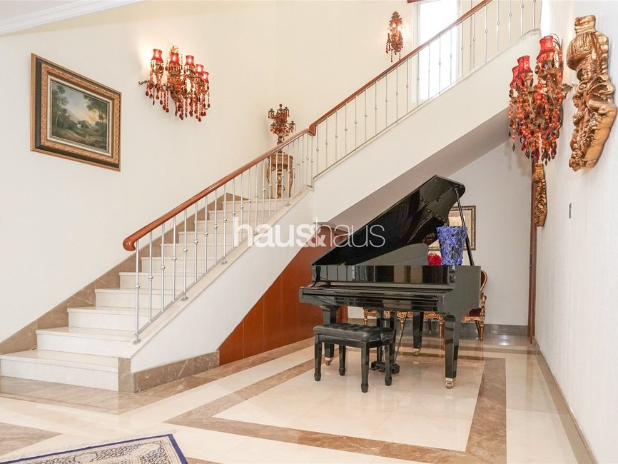 5 bedroom Villa for rent in Sector H - view - 6