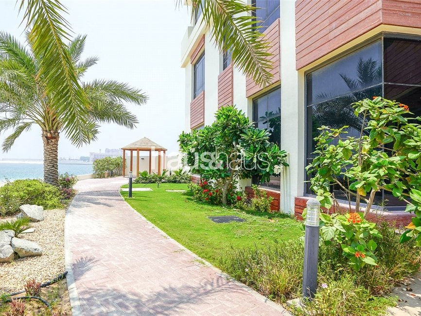 5 bedroom Villa for sale in Signature Villas Frond I - view - 12