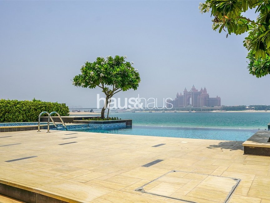 6 bedroom Villa for sale in Signature Villas Frond G - view - 34