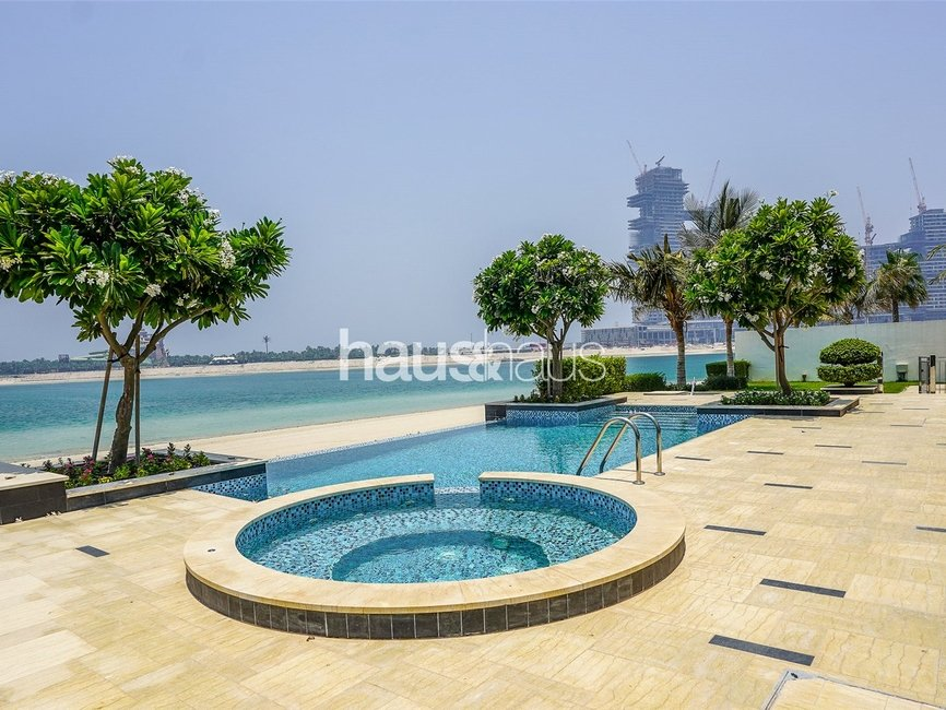 6 bedroom Villa for sale in Signature Villas Frond G - view - 2